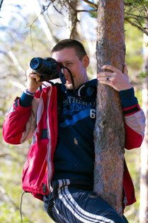 Инструктор Павел Самойлов. Фотография с дерева.