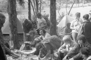 Обед в походе в прошлом веке