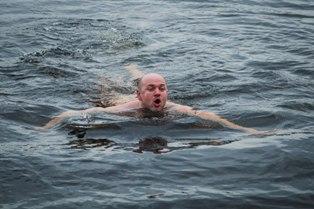 Купаемся в Суходольском озере